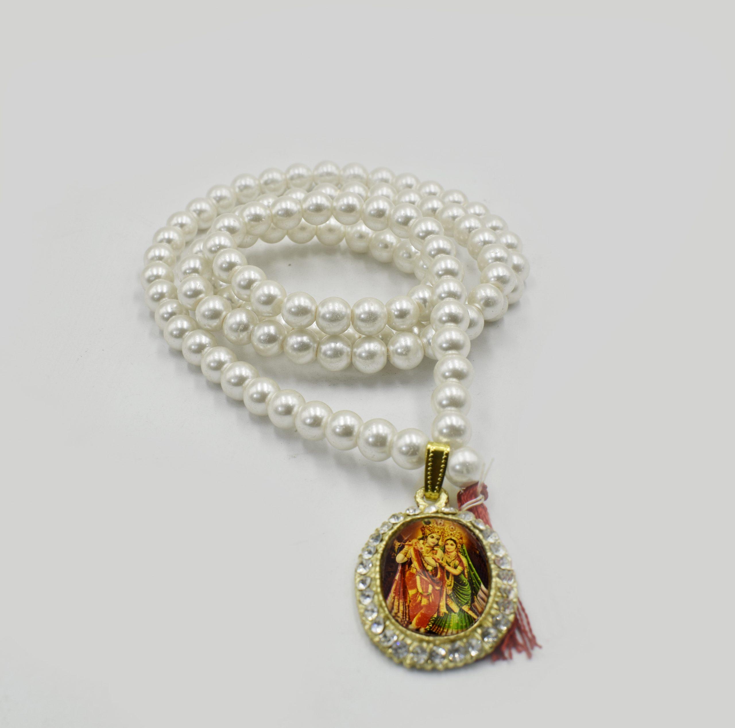 Radha Krishna Locket with Pearl(Moti) Mala
