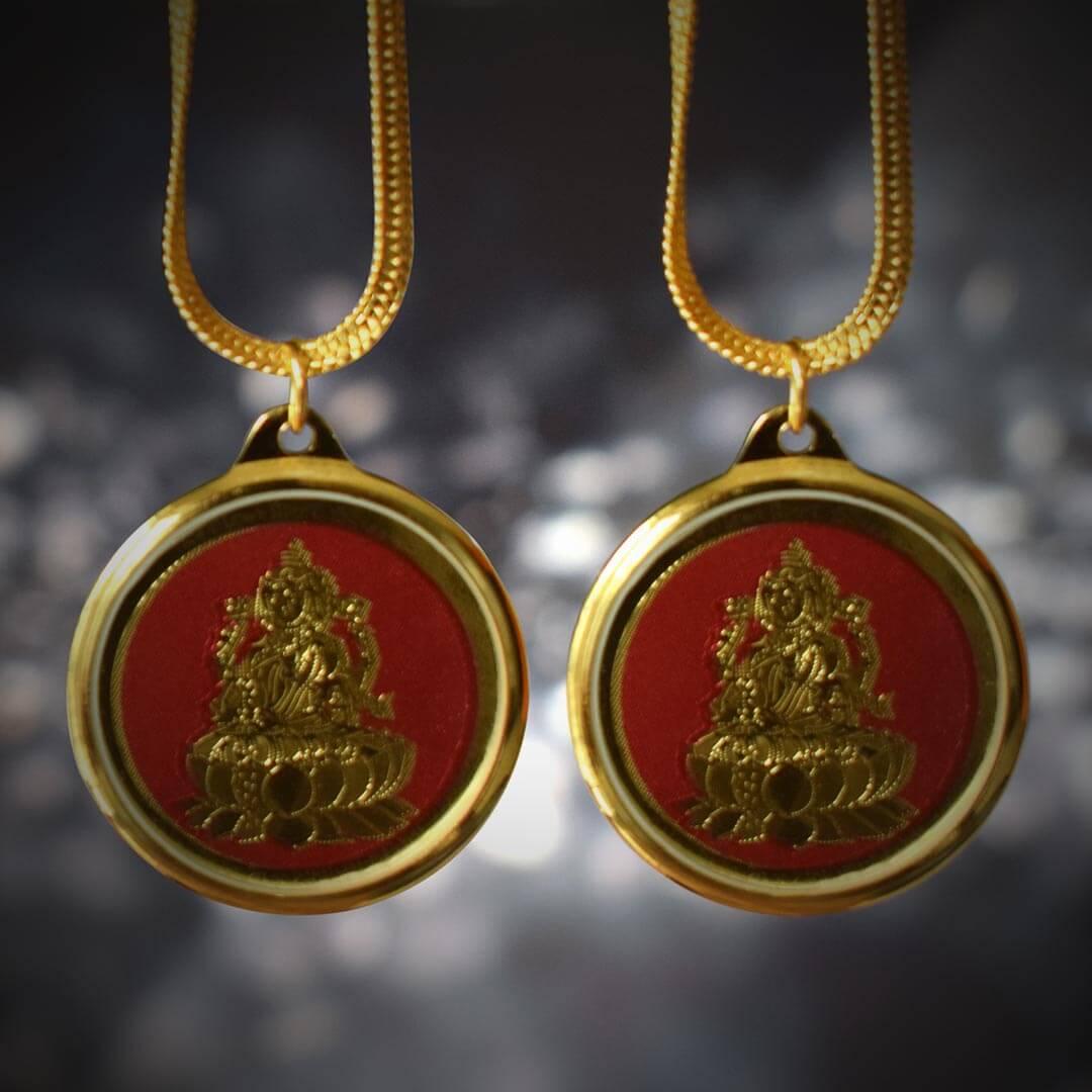 Buy Dhan Lakshmi Yantra Locket Online Combo Pack