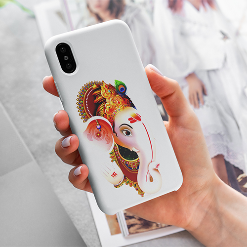 mockup-of-a-woman-holding-a-phone-case-for-iphone-4615-el1 (6) copy