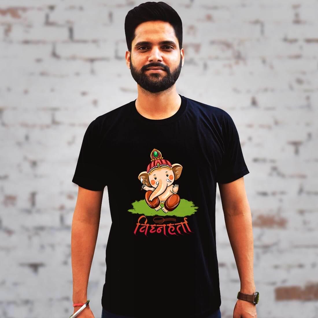 Vighnaharta Ganesh Printed Black Plain T Shirt